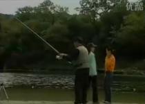 水库抛竿钓鱼视频